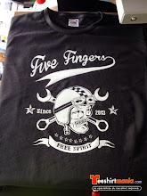 Photo: Flocage : FIVE FINGER Tshirt personnalisé en flex