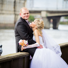Wedding photographer Tatyana Makarova (Taanya86). Photo of 08.10.2013