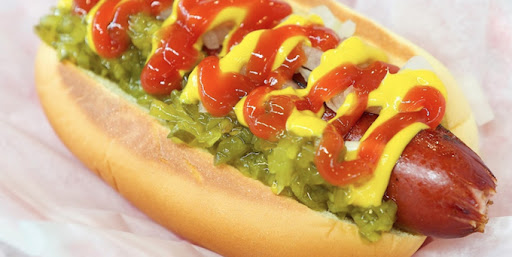 Best Chicago Style Hot Dog In Downtown Chicago