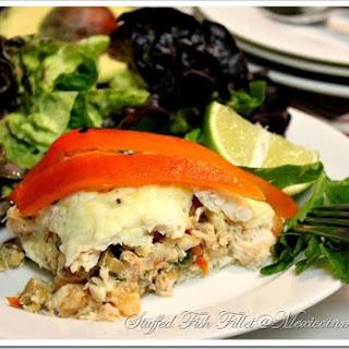 Crab & Shrimp Stuffed Fish / Filete de Pescado Relleno de Mariscos.