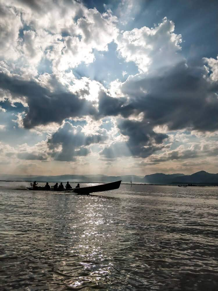 Myanmar+Inle+Lake.jpg