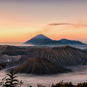 Beautiful Bromo by Sony Harsono - Landscapes Sunsets & Sunrises ( mountain, bromo )