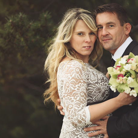 Wedding photographer Anett Bakos (Anettphoto). Photo of 16.01.2018