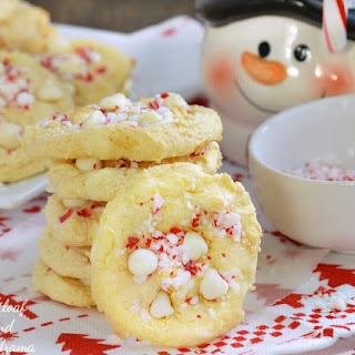 Easy White Chocolate Peppermint Crunch Cookies