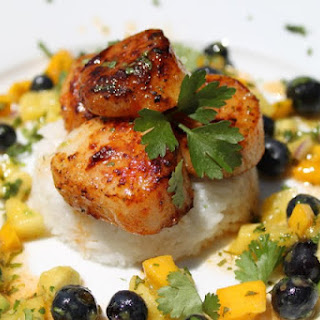 Pan Seared Scallops with Summer Fruit Salsa and Chile-Honey-Lime Vinaigrette