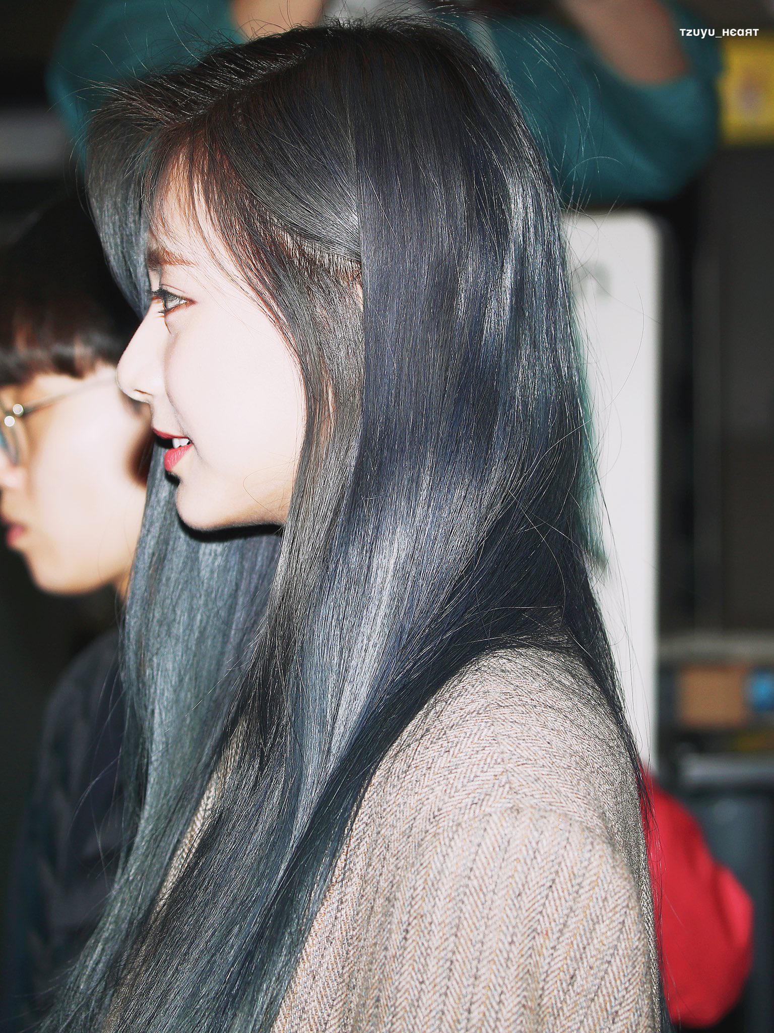 tzuyu profile 17