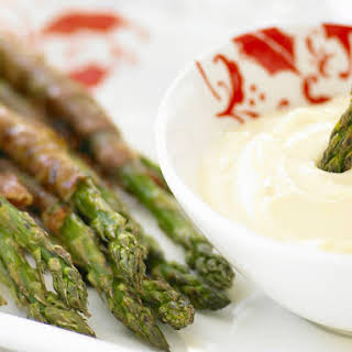 Prosciutto-Wrapped Asparagus with Aioli.