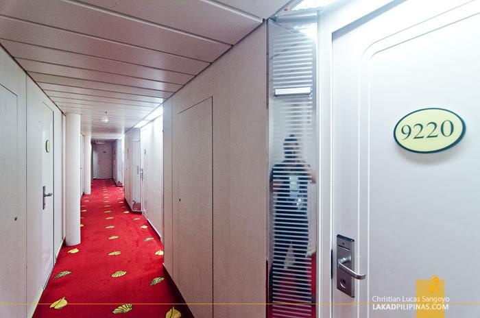 Star Cruises Singapore Malaysia Cruise Hallway