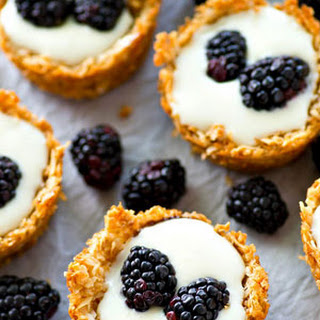 Mini Macaroon Berry Cheesecake Tartlets