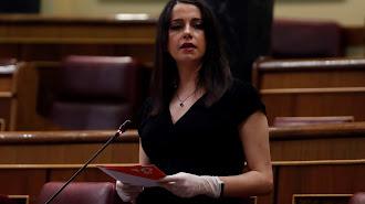 Inés Arrimadas, portavoz de Ciudadanos, en el pleno del Congreso.