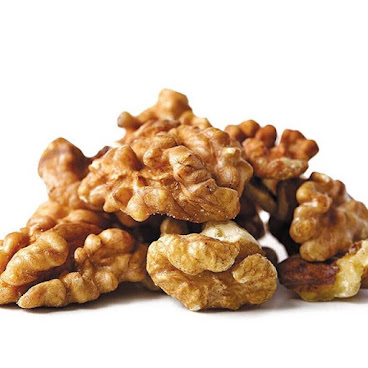 核桃仁 Walnuts 100g $100/3 原產地:美國 1️⃣有效降低膽固醇 2️⃣有助延緩衰老 3️⃣提高腦神經功能,增強記億力