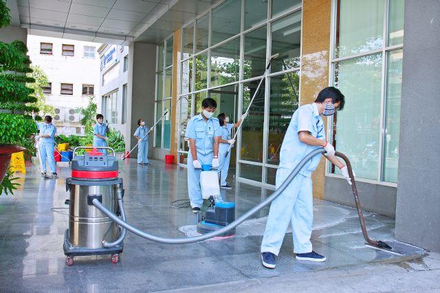 Dịch vụ vệ sinh sàn nhà