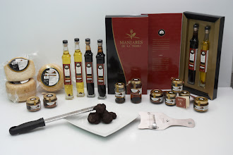 Photo: Delicatessen and preserves by Manjares de la Tierra http://www.manjaresdelatierra.com/en/productos.php