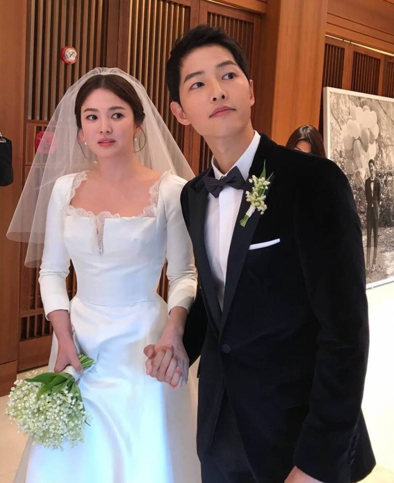 TRENDING Song Hye Kyo Started Crying After Joong Ki Said