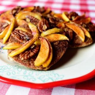 Apple-Pecan Mini Pies