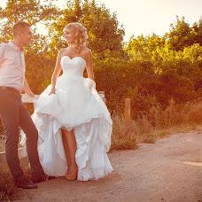 Wedding photographer Lesya Sovina (Sovina). Photo of 25.03.2015