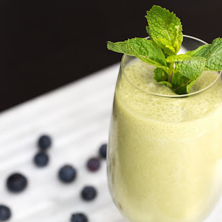Coconut-Matcha Breakfast Smoothie.