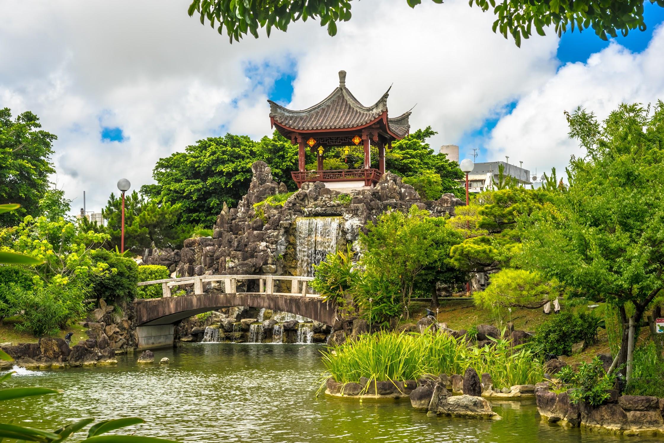 Naha Fukushuen Garden5
