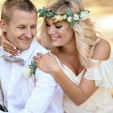 Wedding photographer Dmitriy Oleynik (OLEYNIKDMITRY). Photo of 21.09.2017