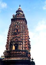 Photo: Patan - szikara Mahabudda (Tysiąca Buddów) / The shikhara of Thousand Bhudda