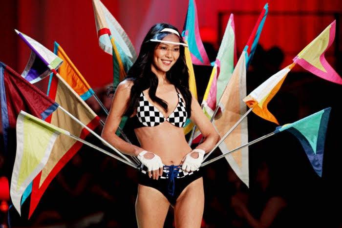 Liu Wen bikini mẫu Vic Đông
