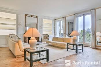 Appartement meublé 4 pièces 251 m2