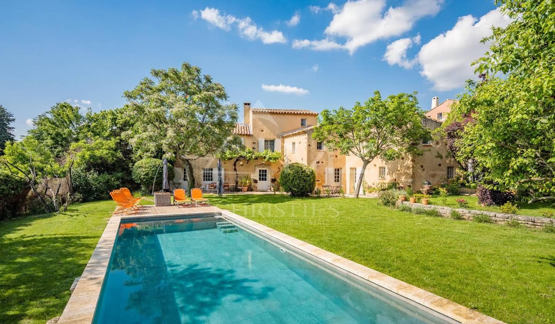 Propriété avec piscine Roussillon