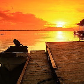 sunrise time by Edwin Yepese - Backgrounds Nature ( backgrounds )