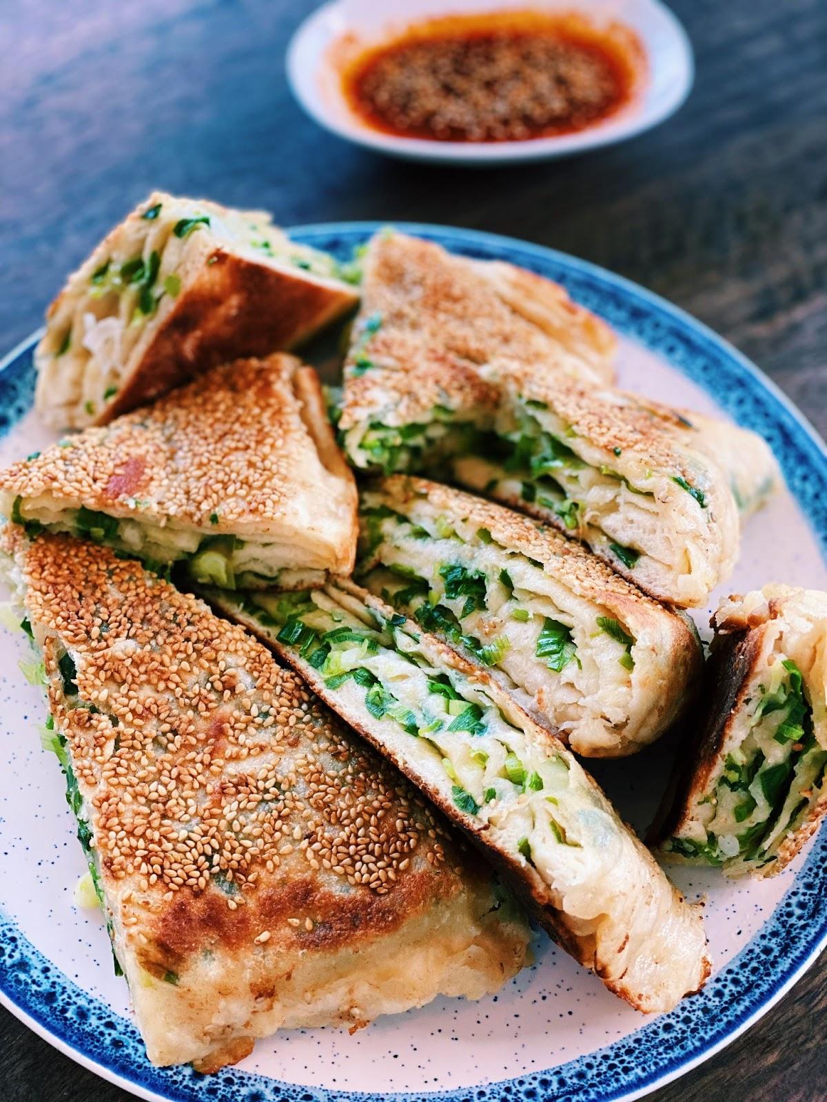 BIG Green Onion Pancake (4 Ingredients ONLY!)