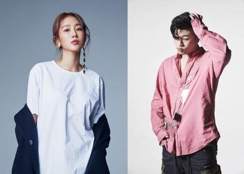 Singer Soyou and OVAN entered the top of various music charts with the duet song 'It's raining'.