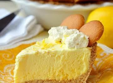 Old Fashioned Lemon Icebox Pie..