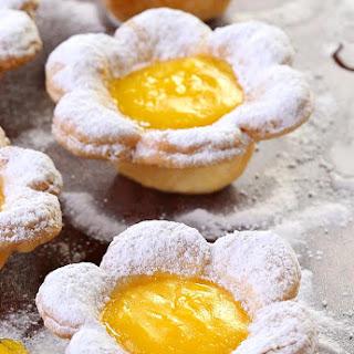 Flower Shaped Mini Lemon Tarts Recipe