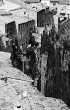 Photo: una vista més original - castellfollit de la roca