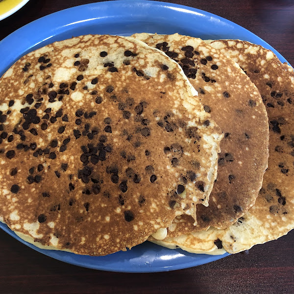 gluten-fee chocolate chip pancakes!!