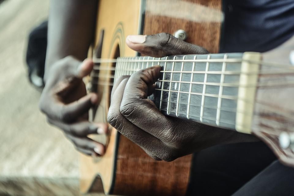 guitar-1016402_960_720.jpg