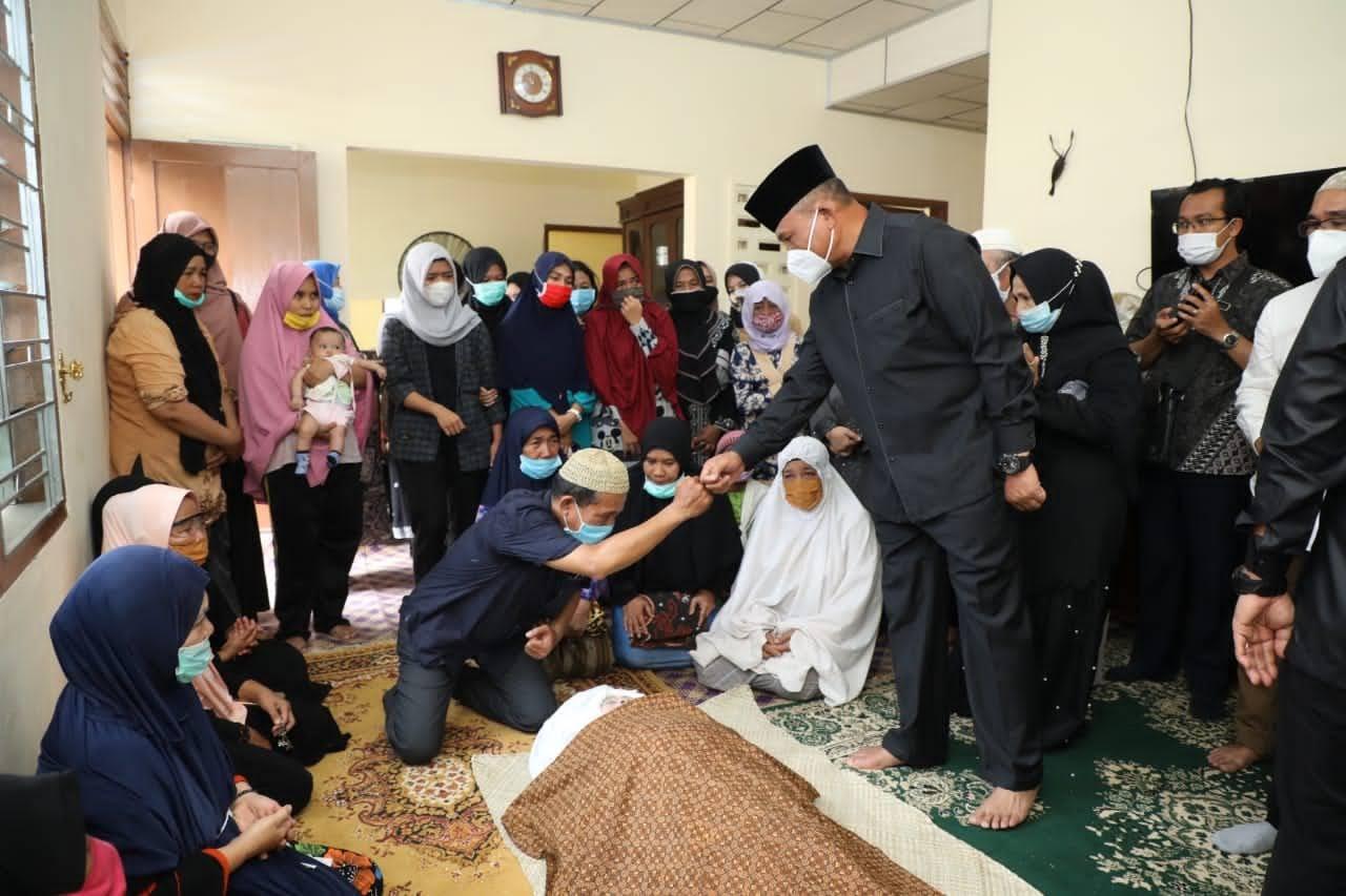 Ibunda Wakil Ketua KPK RI Meninggal Dunia, Kapolda Sumut Melayat ke Rumah Duka