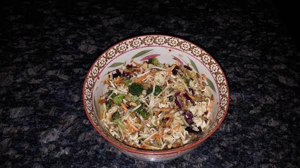Oriental Ramen Broccoli Slaw Recipe