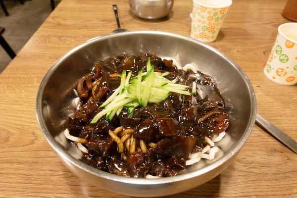 永春 道食樂韓式小吃 隱密平價韓式料理 黑罵罵韓式炸醬麵