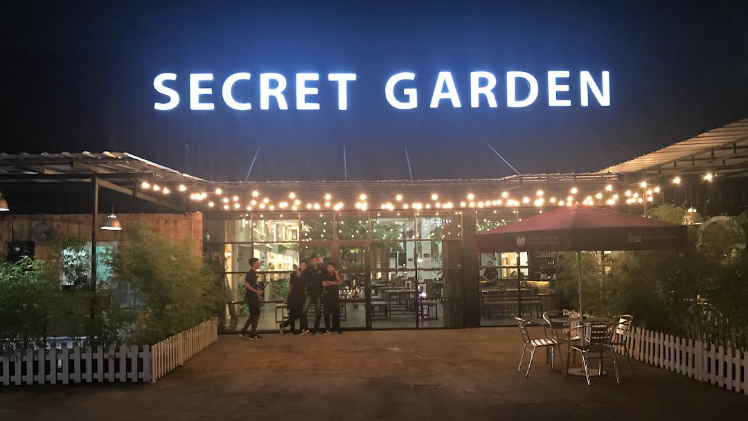 Secret Garden Resto Cafe Restoran