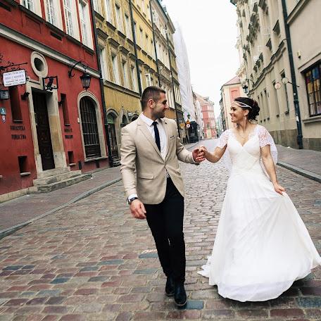Wedding photographer Valeriy Golubkovich (iznichego). Photo of 08.12.2017
