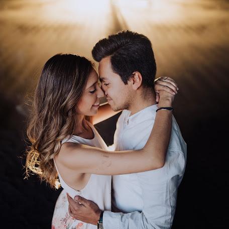 Wedding photographer Carlos Durazo (carlosdurazo). Photo of 13.02.2018