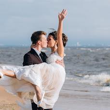 Wedding photographer Dmitriy Romanenko (Kickjump). Photo of 02.10.2016