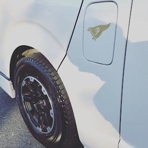 ハイエース  2018 2.8DT SGL 4WD のタイヤのカスタム事例画像 Gracosさんの2019年01月09日23:05の投稿