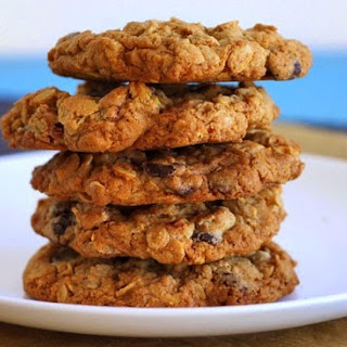 Oatmeal Pecan Dark Chocolate Cookies