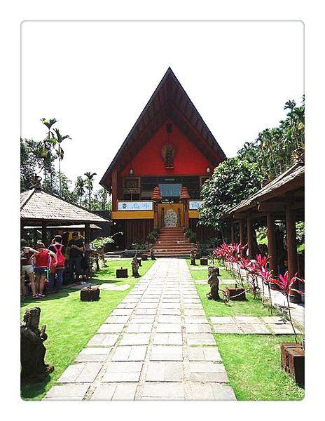 烏布雨林峇里島主題餐廳。隱身山林的異國料理