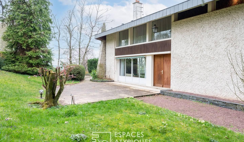 Maison avec terrasse Fougeres