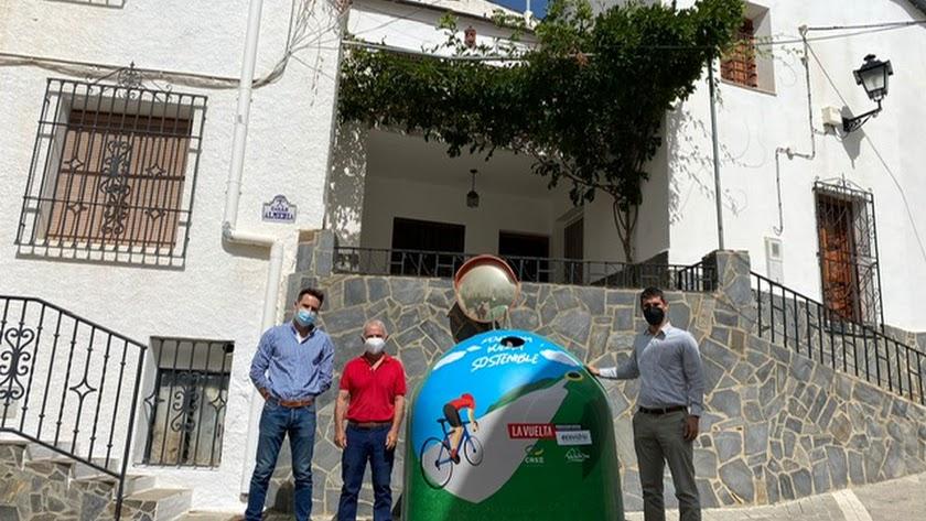 Uno de los contenedores dedicados a La Vuelta.