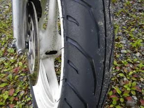 Photo: そりゃタイヤもこんなになるし、