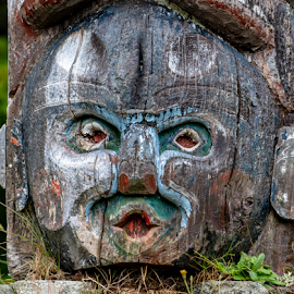 Totem Face by Keith Sutherland - Uncategorized All Uncategorized ( first nations, memorial, alert bay, alert bay totem, totem pole )
