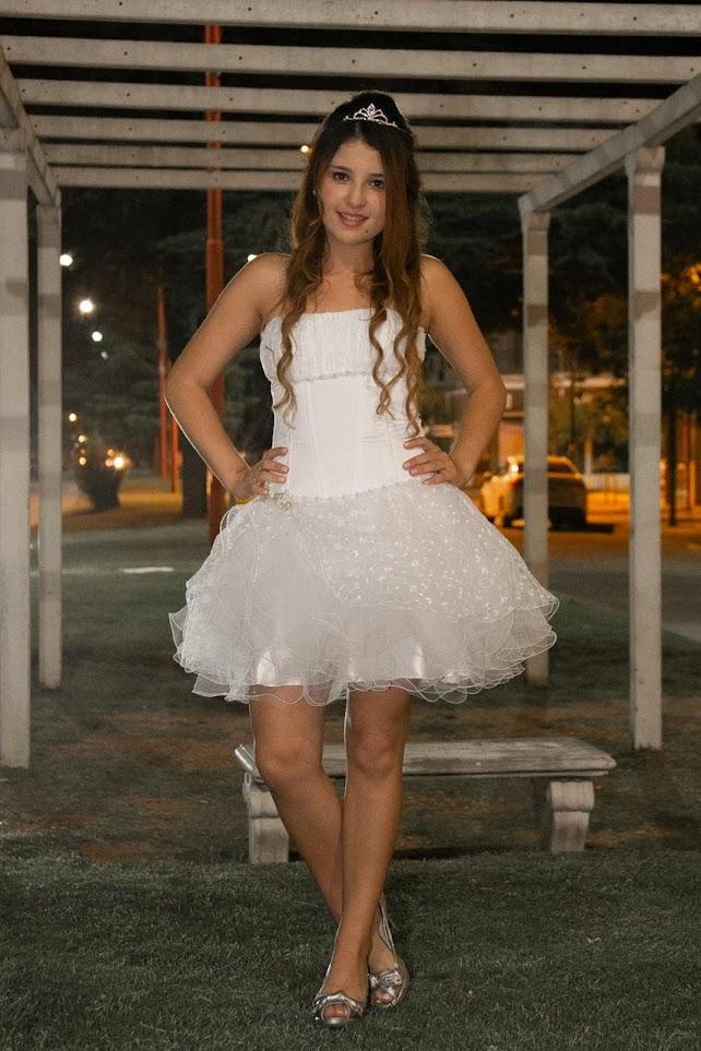 vestido de 15 blanco corto